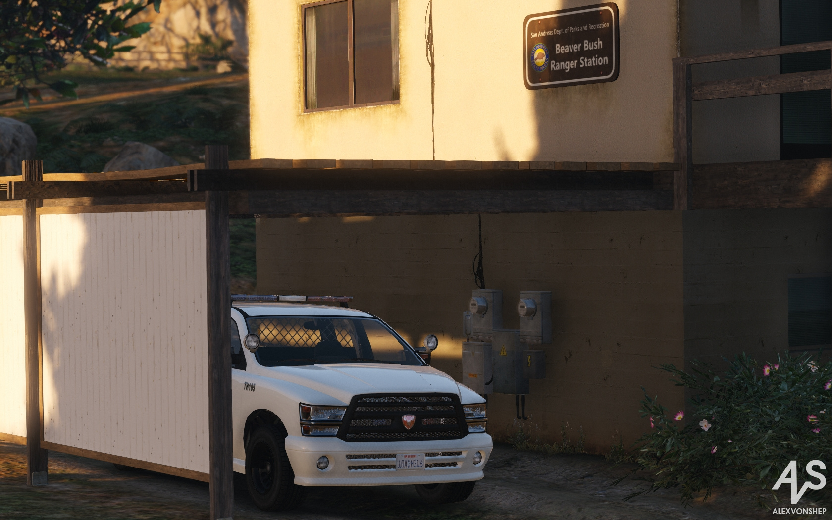 Better Police Stations (RDE-style) - GTA5-Mods.com