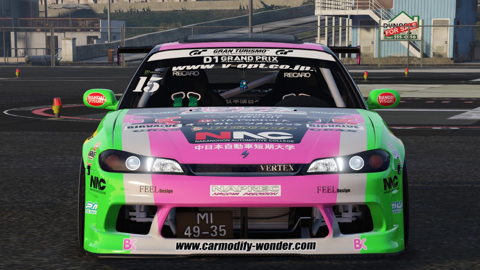 D1大奖赛西尔维亚S15女孩和装甲[ 4k ]