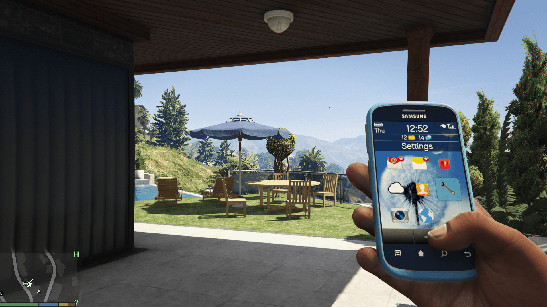 how to buy a phone in gta 5