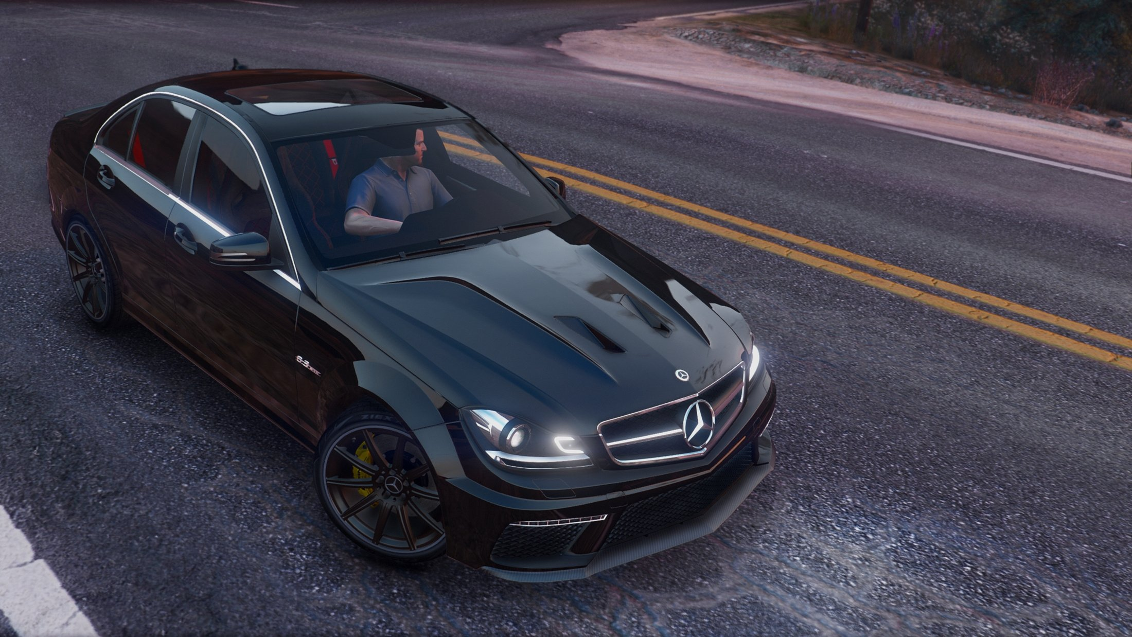 Mercedes-Benz C63 AMG - GTA5-Mods com