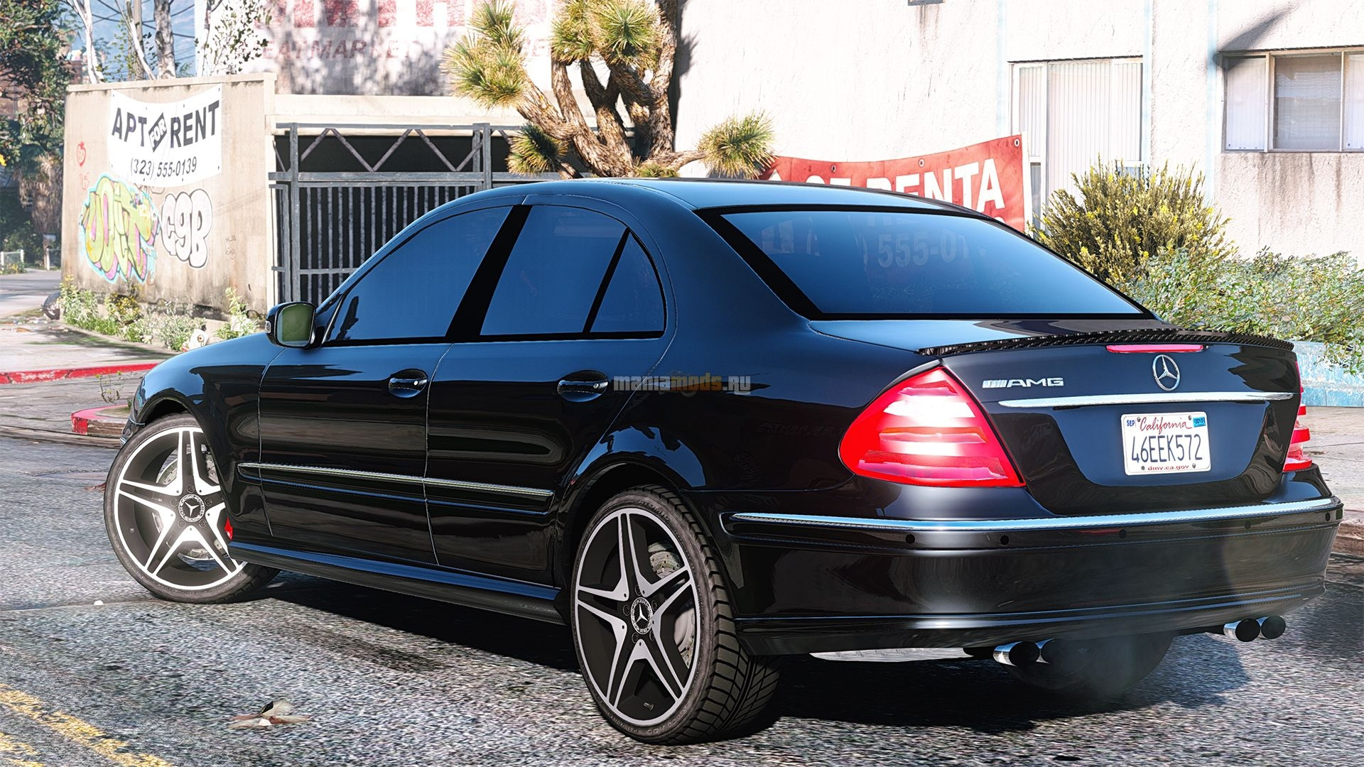Mercedes benz e320 w211 amg gta5 for Mercedes benz e amg