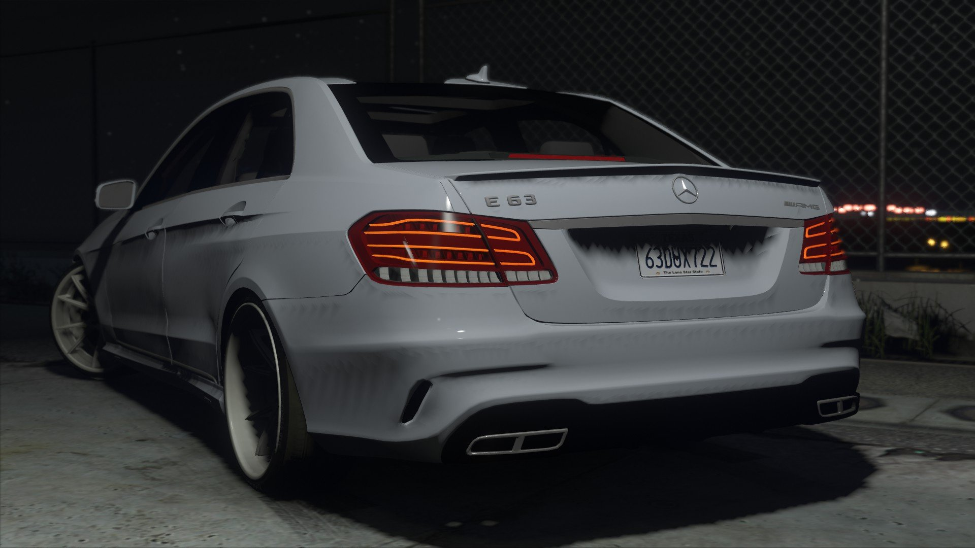 Mercedes benz e63 amg gta5 for Mercedes benz e 63 amg