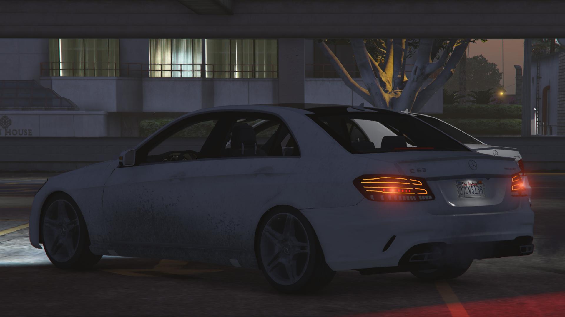 Mercedes Benz E63 AMG GTA5 Mods