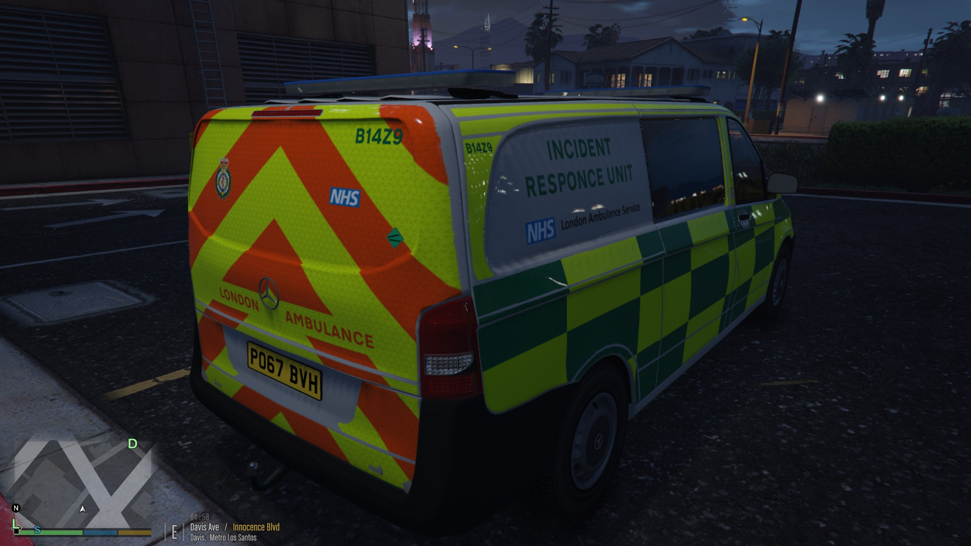 Mercedes London Ambulance Service Incident Response Unit - GTA5-Mods.com