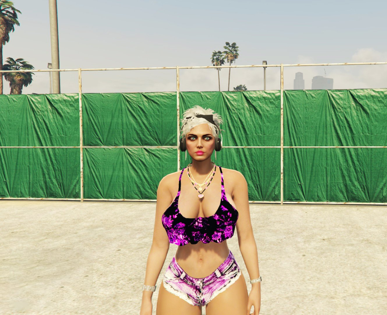 Mp Female Full Body with breast phisycs 2.0 Final - GTA5