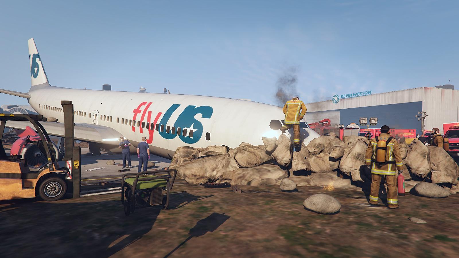 Plane Crash at LS Airport - GTA5-Mods com