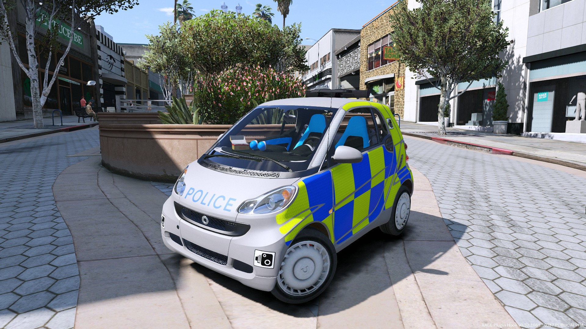 Various UK police skins for Smart Car - GTA5-Mods com