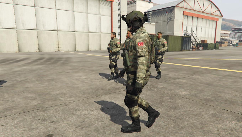 Yeni Türk Askeri Bordo Bereli New Turkish Soldier Maroon Beret